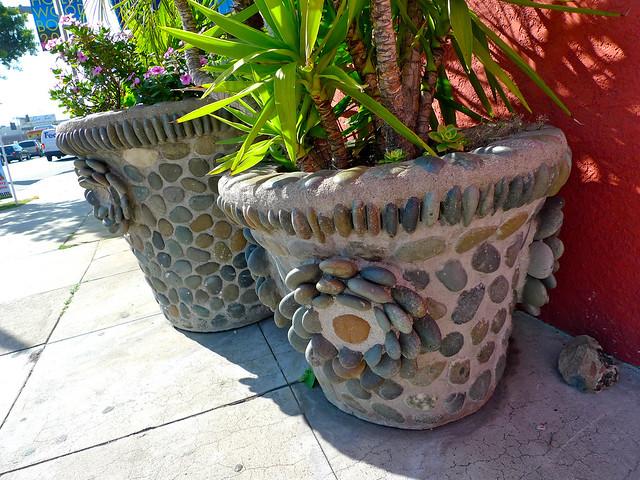 Stone planters at El Chavo