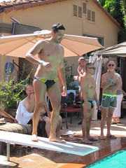 IMG_8701 (CAHairyBear) Tags: man men uomo hombre homme poolparty hom payasospoolparty