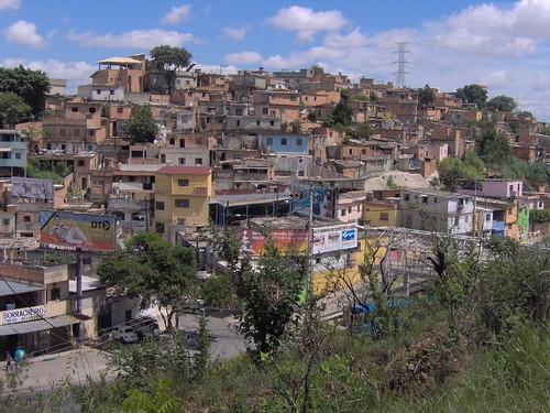 Aglomerado Santa Lúcia