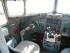 Dakota (stoomgek) Tags: dutch airport flughafen dc3 schiphol dakota munster bernhard c47 prins dda amalia luchthaven osnabruck prinses phpba