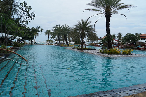 88 Dusit Thani Hua Hin pool