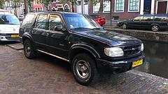Ford Explorer 4.0 V6 Limited (sjoerd.wijsman) Tags: auto usa holland cars ford netherlands car explorer nederland thenetherlands delft voiture vehicle holanda autos limited paysbas olanda fahrzeug niederlande zuidholland fordexplorer carspotting fordmotorcompany fcar blueoval fordusa carspot sidecode6 94hrrz
