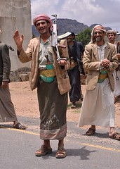 Having a Laugh, Yemen (Rod Waddington) Tags: gun group east laugh yemen middle ak47 yemeni