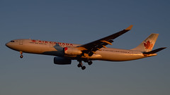 Toronto Pearson - Air Canada Airbus A330-343X C-GFAF sunset landing - Rolls-Royce Trent 772B-60 turbofan (edk7) Tags: sunset toronto ontario canada plane airplane airport aircraft aviation jet 1999 landing civil airbus passenger mississauga airliner pearson twinengine yyz jetliner aircanada 2014 d3200 a330343x cgfaf edk7 rollsroycetrent772b60highbypassturbofan unusualnacellemarkings