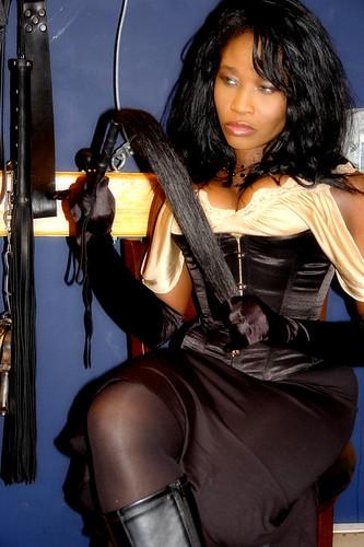 Mistress Queen Sabine Mondestin