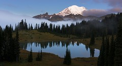 Tipsoo Lake Early in the Morning (Mt Rainier NP, WA). (Sveta Imnadze) Tags: nature landscape mountain mtrainier tipsoolake mtrainiernp wa sunrise fog reflection clouds brilliant wow