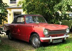 GEO 898G (Nivek.Old.Gold) Tags: 1969 triumph herald 1360 convertible 1296cc