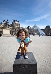 My finest work of art ... (Rob Overcash Photography) Tags: paris canon louvre mybeautifuldaughter robotography 5dmkii robovercashphotography