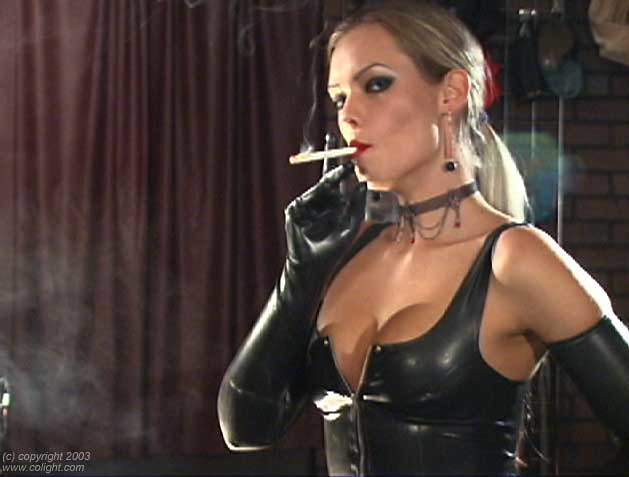 Diva fetish girl serena smoking