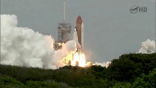 sts135-launch