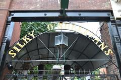 Beale Street - Memphis, TN (Adventurer Dustin Holmes) Tags: bar bars bealestreet memphistn bealest silkyosullivans memphistennessee