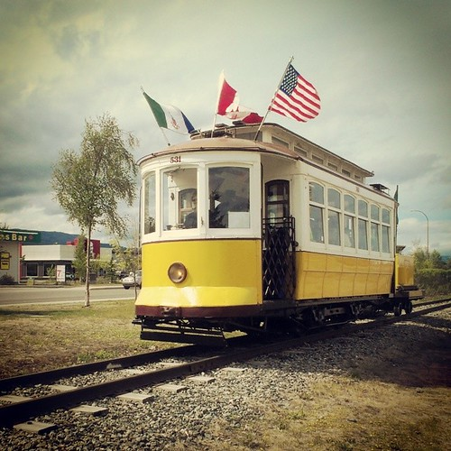 A restored 1925 trolley runs along Whitehorse's waterfront in summer, $2 from Rotary Park to Walmart #yxy #Yukon