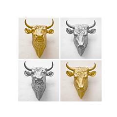 silver and gold (Splitti68) Tags: perspektive silber silver gold vier rahmen square stier splitti splitti68 quadrat splittstser splittstoesser skulptur tierkopf