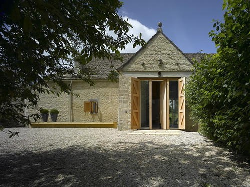 Westwell Manor Barn by Cameron Webster Architects