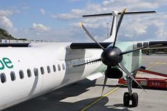 'Q400' 6-bladed propeller. (A380spotter) Tags: flight12062011wf0395abzbgo18d0101 prattwhitneycanada pw150a turboprop engine powerplant bombardieraerospace 400q q400 dhc8402q qseries dash8 dehavillandcanada bombardierq400 lnwde widerøe widerøeno widerøesflyveselskapas sasgroupcompany wif wf wf0395 abzbgo bergen lufthavn airport flesland enbr bgo