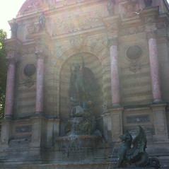 La Fontaine Saint-Michel by randubnick