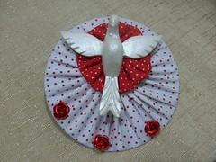 Divinos (Reciclagem em Cd) (Regiane arteira) Tags: flores cd fuxico resina reciclagem tecido divino divinos