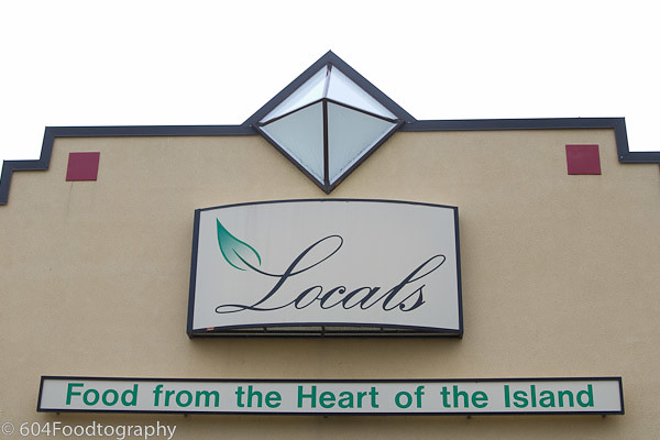 Locals Restaurant (Courtenay)-01.jpg