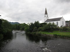 The White Church and the River Earn, Comrie (shirokazan) Tags: uk white church canon river cycling scotland united kingdom powershot perth cycle touring kinross comrie earn s95 bcq