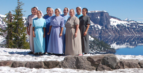 1amish women at crater lake.jpg