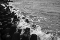 Marine Drive - Monsoon (iamShishir) Tags: india monsoon fujifilm maharashtra mumbai marinedrive xt1 fujifilmxt1