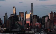 Sunset on west Manhattan_4750 (ixus960) Tags: nyc newyork america usa manhattan city mégapole amérique amériquedunord ville architecture buildings nowyorc bigapple