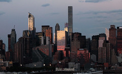 Sunset on west Manhattan_4750 (ixus960) Tags: nyc newyork america usa manhattan city mgapole amrique amriquedunord ville architecture buildings nowyorc bigapple