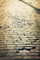 cracks (rafael_kakaroto) Tags: street crack rua asphalt asfalto rachadura