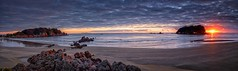 Main Beach Morning (Peter Knott) Tags: ocean morning red sea newzealand panorama sunlight seascape beach water rock sunrise island dawn sand waves cloudy shoreline olympus lee nz coastline nik e3 zuiko gitzo bayofplenty rrs 1260mm rrsbh40 gt2542l rrspanoelements