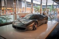 Ferrari 458 Italia (Jeferson Felix D.) Tags: canon mall shopping eos spider store italian italia ferrari luxury scuderia supercar luxo italiano 458 ferraristore scuderiaferrari 18135mm 60d canoneos60d ferrari458italia ferrari458spider