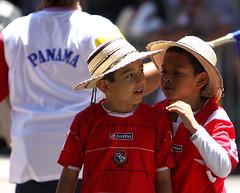 Carnaval 2014 (evie22) Tags: friends amigos kiss buddies lipstick