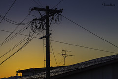 JATI201510_916R_FLK (Valentin Andres) Tags: atardecer cable japan japon takayama sunset wire