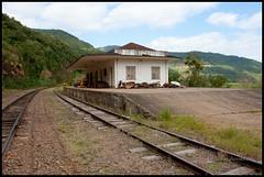 Estao Santa Tereza (Claudio Arriens) Tags: brasil riograndedosul canonef1740mmf4lusm trens santatereza estao ferrovia canoneos40d trembrasil