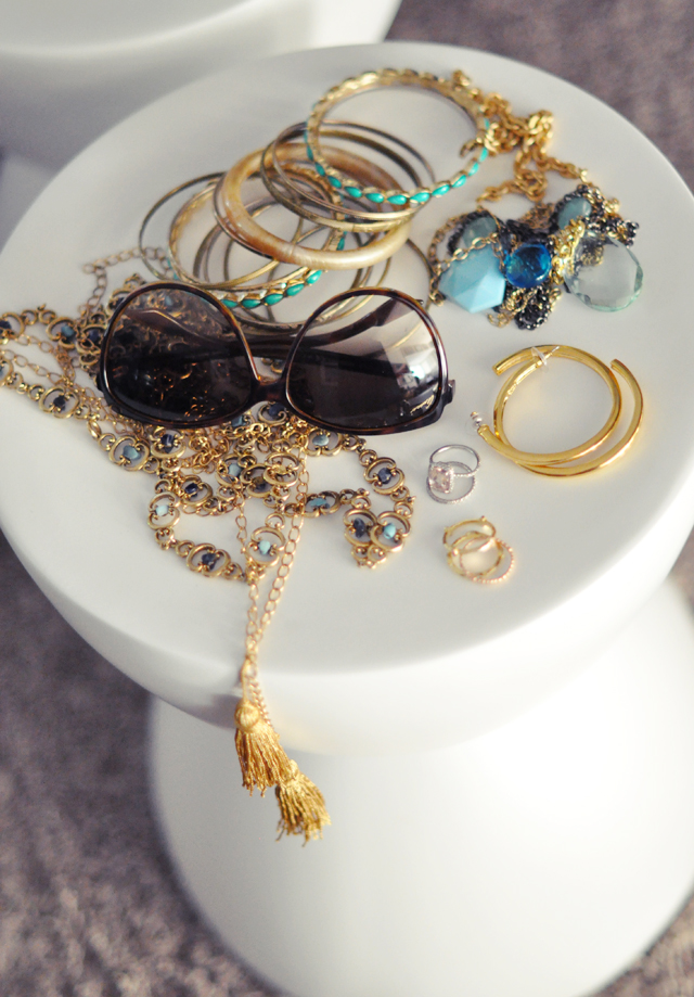 gold and blue jewelry  +   stones + gold + gucci sunglasses