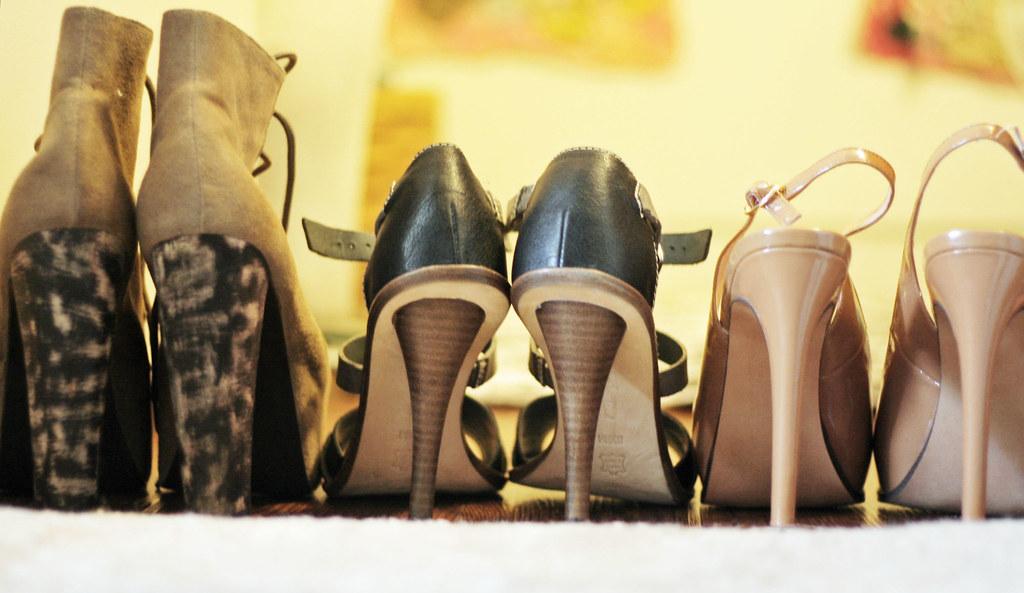 i ♥___________(heels).