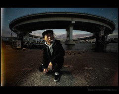 Smoke at the edge of Tokyo (masaboblues) Tags: bridge portrait men canon tokyo rainbow gulf dusk smoke eos5dmark 1224