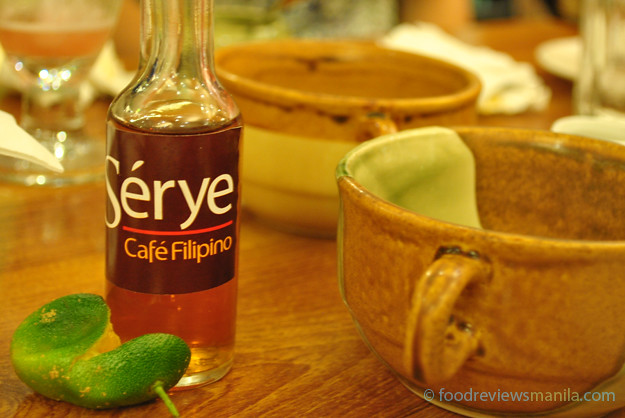 Serye sauce bottle