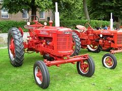 McCormick Farmall H tractor (Davydutchy) Tags: show tractor netherlands car classiccar meeting otto juli friesland farmall ih mccormick frysln 2011 stnicolaasga stnyk