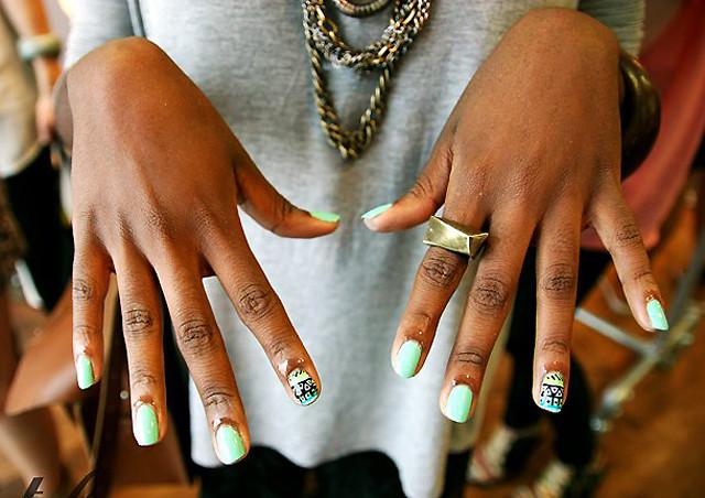 aztec wah nails