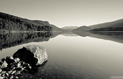 Thirlmere (.Brian Kerr Photography.) Tags: morning trees light blackandwhite mountains canon reflections landscape mono nationalpark rocks lakes lakedistrict thirlmere eos5dmkii