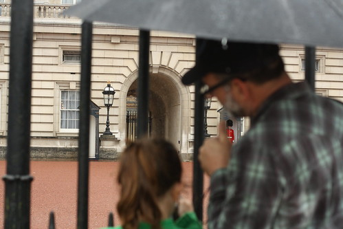 Buckingham Palace.  in the rain.