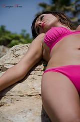 Summer (Enrique Flores 71) Tags: pink summer woman sexy girl fashion donna mujer model glamour eyes sitting chica estate rosa modelo bikini ojos verano dreamy mirada seductive noia seduta dona ragazza ulls estiu biquini topmodel posado indietro posat seductora insinuating soadora insinuante impressedbeauty seducente sognante oltusfotos insinuant mygearandme mygearandmepremium somiadora karlafer