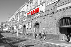 Market City/Chinatown (lukedrich_photography) Tags: australia oz commonwealth        newsouthwales nsw canon t6i canont6i history culture sydney       metro city chinatown chinese   cbd centralbusinessdistrict district haymarket hay street public pedestrian food shop shopping commerce destination tourist site china cuisine entrance market paddys marketcity architecture building rail lightrail semimonochrome