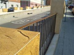 Amposta: la nova barana de l'Av. Santa Bàrbara