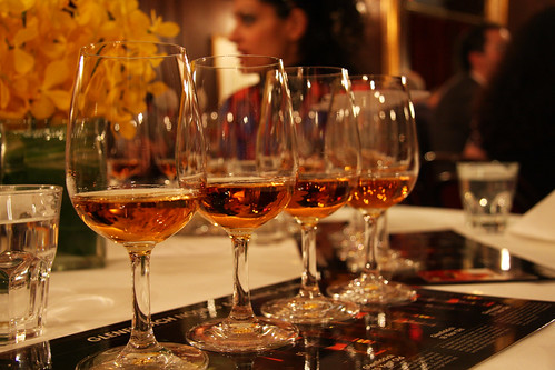 whisky tasting in Vancouver (by: Opus Hotels, creative commons license)