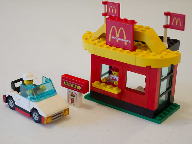 McDonald's Restaurant LEGO Town set (3438)