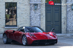 Pagani Huayra (Martin Vincent) Tags: red car automotive event luxury supercar goodwood pagani sportcar festivalofspeed 2011 huayra carsighting