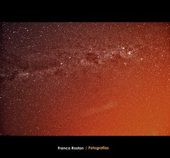 El cielo Brilla | The sky i shines. (Franco Rostan | Fotografa) Tags: new light summer sky orange sun color macro reflection verde green art love luz nature argentina colors yellow stars photography luces photo google nikon flickr foto photos bokeh top live space may july dia colores explore amarillo cielo julio reflejo estrellas contraste perspectiva 365 geo da naranja nueva dtla fotgrafo franco horizonte galaxia espacio brillo fotografa day188 cmara week27 d60 encuadre 2011 enfoque nitidez explored nikond60 nitido rostan i365 project36588 macromondays load08 d3100 francorostan