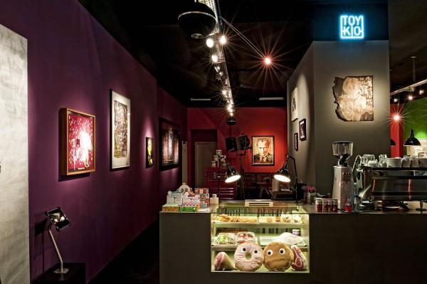 Toykio gallery & coffee  德國Toykio藝廊 / 咖啡復合性質的商店