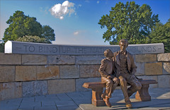 'To Bind Up the Nation's Wounds ' -- Lincoln Statue Richmond (VA) June 2012